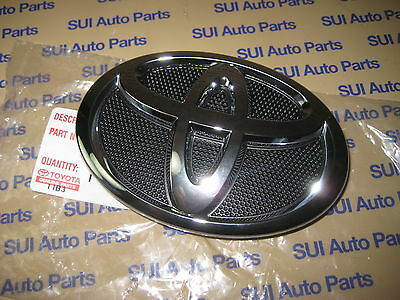Toyota Camry Front Grille Emblem OEM Factory Toyota Genuine OEM 2007-2009