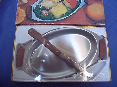 Retro unused stainless steel & teak cheese tray with cheese knife