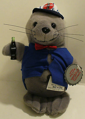 1998 Collectible Coca-Cola Bean Bag Plush Seal In Delivery Outfit 0170 W/tags
