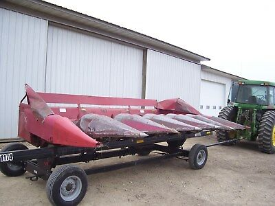 International 863 corn head 6 row narrow combine header case ih