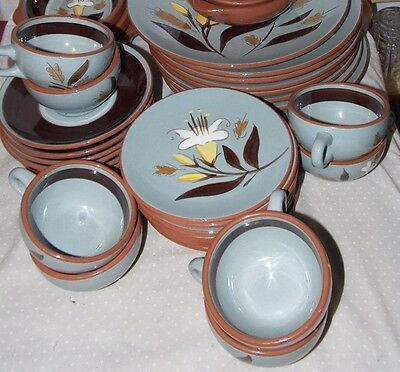 STANGL POTTERY GOLDEN HARVEST 8 Cups & 7 Saucers