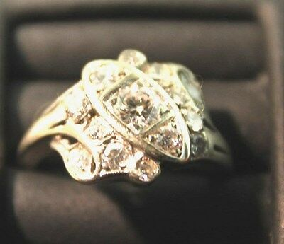 14kt BEAUTIFUL VINTAGE/ART DECO WHITE GOLD CLUSTER RING