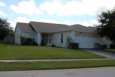 141 3 Bed Vacation Rental home private fenced pool near Disney Orlando Florida