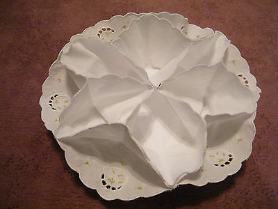 Beautiful Collectible Embroidered Bun Holder White  Lime Embroidery NICE