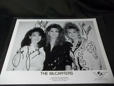 THE McCARTERS Signed BY ALL 3 AUTOGRAPHED 8X10 PRESS PHOTO JENNIFER TERESA LISA