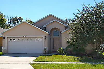 4626 4 Bedroom vacation home with conservation view near Disney Orlando Florida