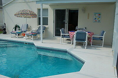 437 4 Bed Vacation home with pool and games room near Disney Orlando Florida