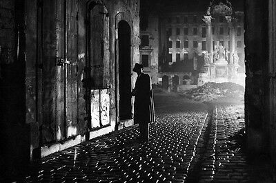 The Third Man 24X36 Poster Orson Welles classic in Vienna street moody image