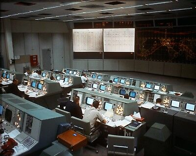 Overall View Of Mission Control During Gemini 7 Flight  8X10 Nasa Photo (Aa-431)