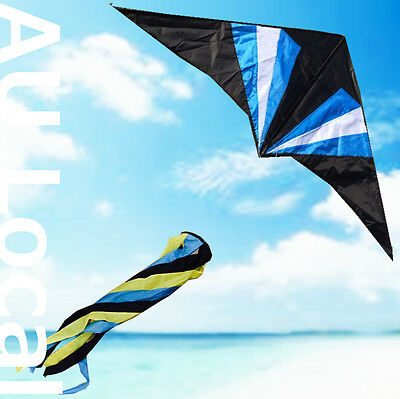 Delta Kite with Spinning Tail 150x70cm Line Grip included OKITE3201&OKLIN2100