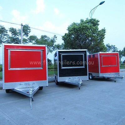 Food Kebaba Trailer 390x220x210CM(LxWxH) New never been use many accessories