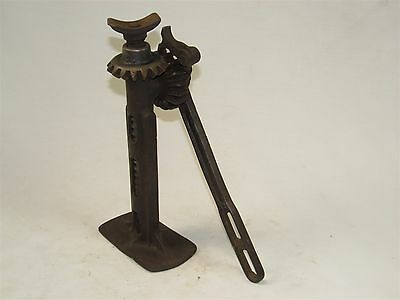 Early FORD car jack (30078)