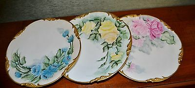 BEAUTIFUL ROSES . FRANCE  LIMOGES  HAND PAINTED DRESSER TRAY