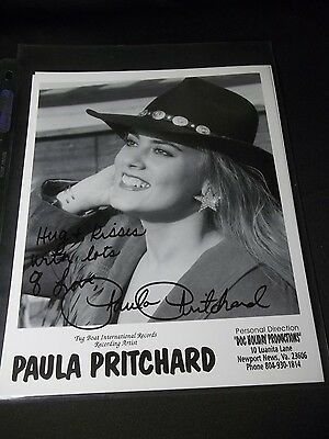 PAULA PRITCHARD Signed AUTOGRAPHED 8X10 PHOTO COUNTRY MUSIC ARTIST FAN FAIR 1994