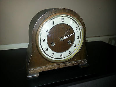 Circa 1950 Vintage Smiths Striking  Mantel Clock      For Restoration.