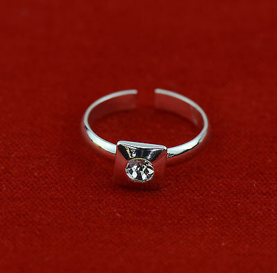 Toe Ring Silver Tone Adjustable With Rhinestone Feature Brand New Uk