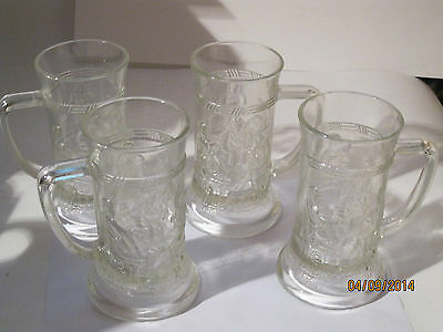 Set of 4 Vintage Federal Glass Clear Glass Mugs With Embossed Tavern Scene