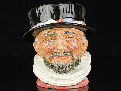 Royal Doulton Beefeater D6206 Large Character Jug