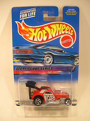 HOT WHEELS #045 - 2000 SECRET CODE SERIES - FIAT 500C, red, ML, 5s.