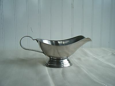 Vtg Stainless Steel 18/8 Retro Gravy Boat Sauce Serving piece Made In Hong Kong
