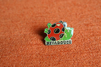 08614 Pins Pin's Parfum Soins Cosmetique Bebe Baby Rivadouce Coccinelle Ladybug