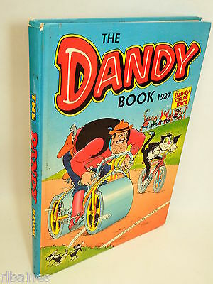 The Dandy Book Annual 1987, Bananaman/Desperate Dan/Bully Beef  R&L
