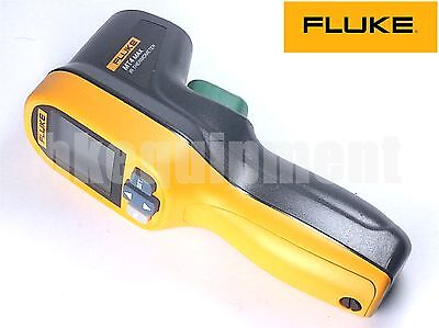 Fluke MT4 MAX IR Infrared Handheld Laser  -30 °C to 350 °C  Thermometer