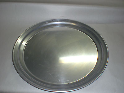 Round serving tray.