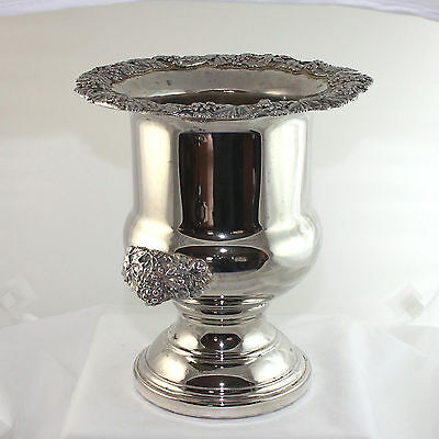 Silver Plate Champagne / Wine Bucket, Cooler Towle Silversmiths, great trim