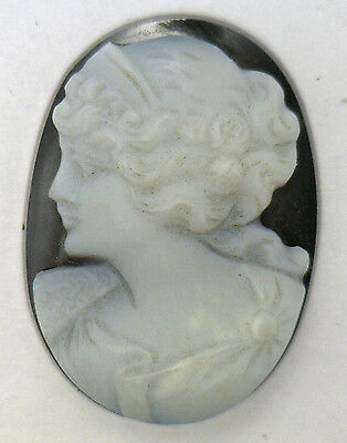 NOS New Antique Large Oval Black & White Cameo Stone Facing Left 25mm x 18mm UT5