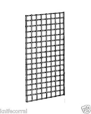 2' x 4' White Gridwall Panel - 6mm Wire. used,