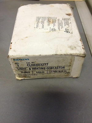 Siemens Contact Relay CLHC00277 3 Pole 30 Amp 480V Light and heating Contactor