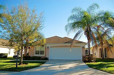 3083 Florida vacation homes near disney 4 bed villa with pool and games room