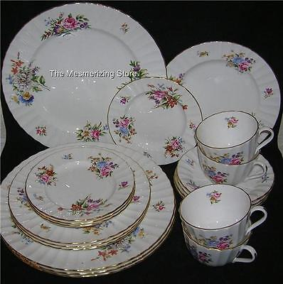 Royal Worcester Vintage ROANOKE FLORAL 5-PIECE DINNER PLACE SETTINGS for Four