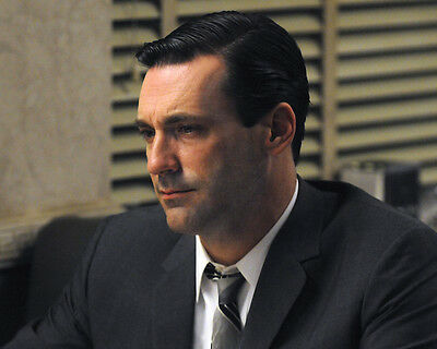 JON HAMM IN PROFILE MAD MEN WEARING SUIT PHOTO OR POSTER