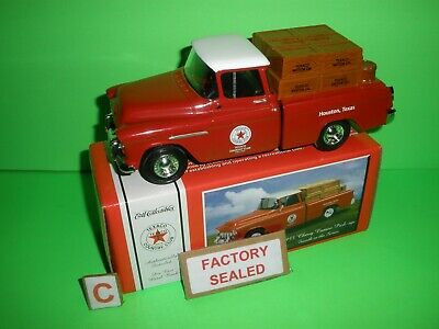 Texaco Country Club Series #4 1955 Chevy Cameo Pick-Up Truck Ertl #20635P A