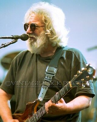 JERRY GARCIA, Grateful Dead 16x20 in Poster Photo '95 Live Concert Exclusive 59
