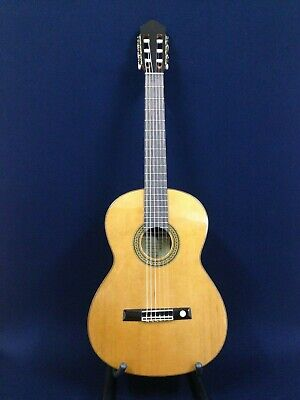 Miguel Almeria 20-CR Solid Cedar Top,Nylon String Classical Guitar w/Free GigBag