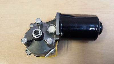 Vauxhall Corsa C  Wiper Motor Front 2000-2006  **** New Part****