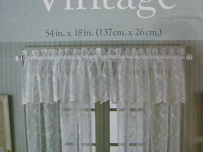Bed Bath Beyond Vintage Sheer Embroidery Lite Ivory Window Valance Floral 54x18