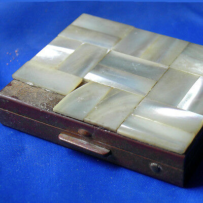 VTG 20s ANTIQUE Mother of Pearl art deco square makeup powder compact flapper