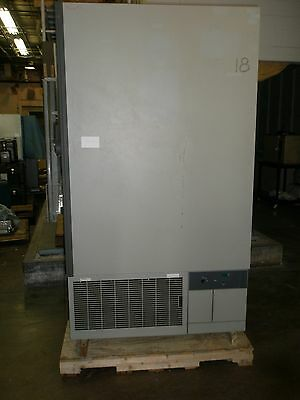 GS LAB EQUIPMENT ULTRA LOW LAB FREEZER ULT-2586-3-A29 TESTED MINUS 86 CELCIUS