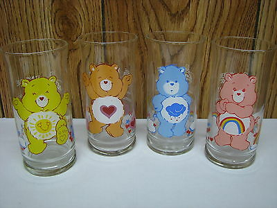 SET OF (4) VINTAGE 1983 PIZZA HUT LIMITED EDITION CARE BEAR GLASSES (NEW)