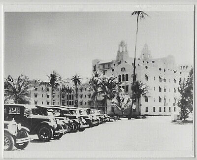 ROYAL HAWAIIAN HOTEL 1930's WAIKIKI HAND PRINTED SILVER HALIDE PHOTO ON 8X10 MAT