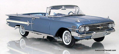 Danbury Mint 1:24 1960 Chevrolet Impala Convertible (Horizon Blue)