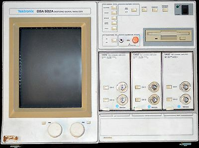 Tektronix DSA 602A 11A72 11A52 11A32 Digitizing Signal Analyzer Tested & Good