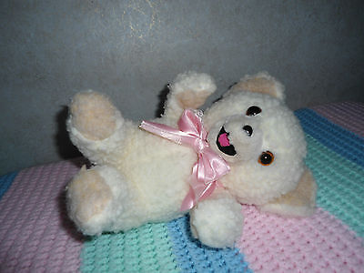 """1986 Vintage Snuggle Bear With Pink And White Lace Bow The Lever Company 10"""" #1"""