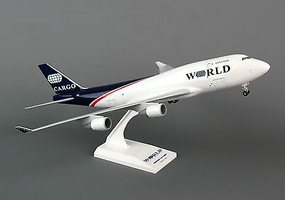 SKR732 World Airways 747-400F 1/200 Plastic Model airplane