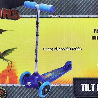 Dreamworks Dragons - Lean & Glide Scooter - 3 wheels - Brand new in box