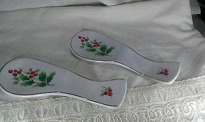 CHRISTMAS HOLLY SPOON REST (2)
